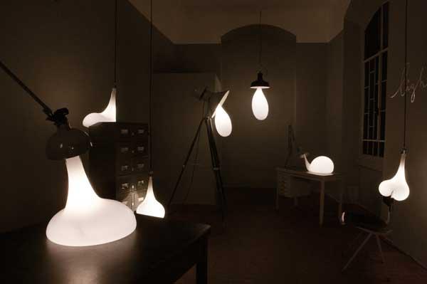 Pieke Bergmans - Light blubs in alle vormen en maten