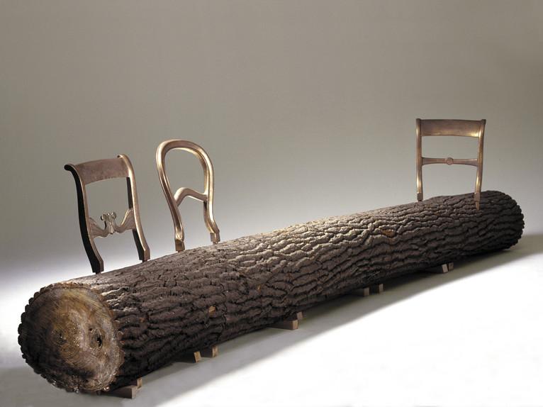 Tree trunk bench van Jurgen Bey