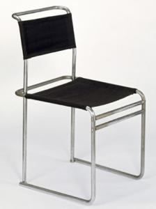 Marcel Breuer zijn b5 designstoel uit 1926 / 1927. Te zien in het stedelijk museum in Amsterdam