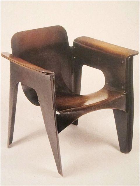 De Birza stoel uit 1924 van Gerrit Rietveld