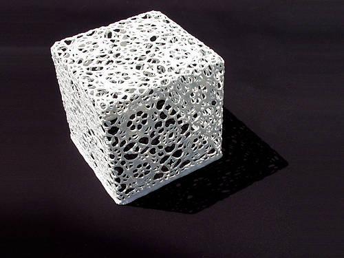 Crochet salontafel van Marcel Wanders voor MOOOI.