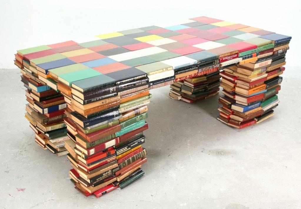 Book Table Richard Hutten