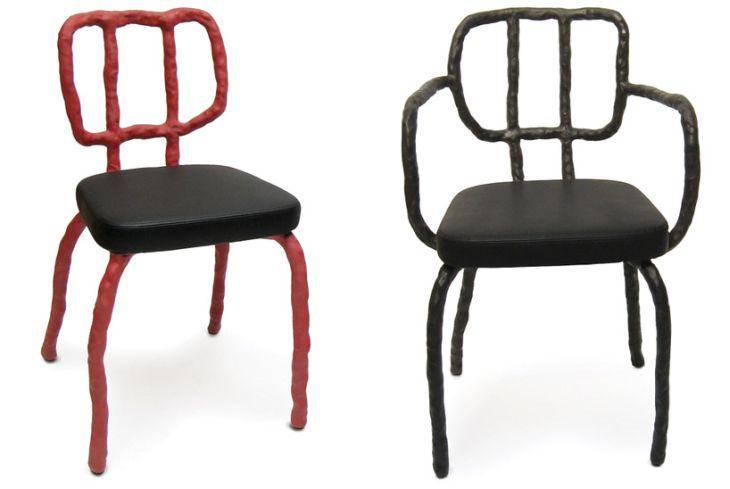 Twee stoelen van Maarten Baas.