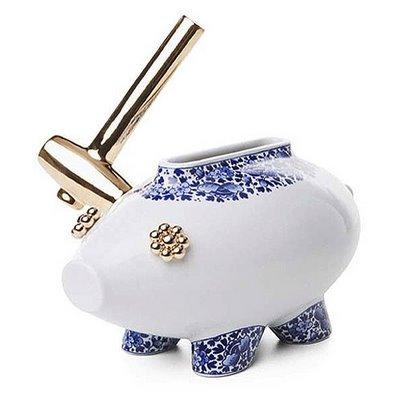 The killing of a piggy bank moooi