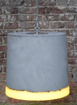 Beton lamp Renate Vos