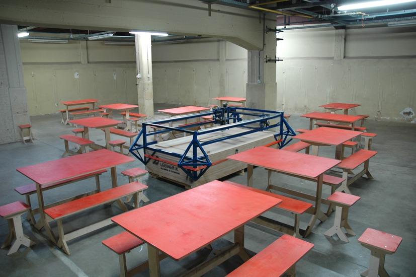 Impulsive furniture unit