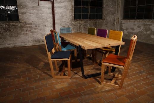 Maud tafel VanDen Collection
