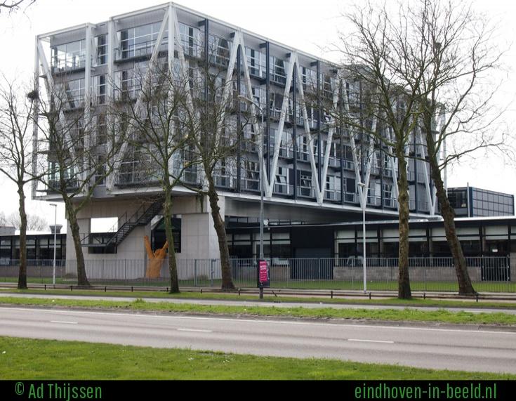 Sint Lucas Eindhoven (bron: Eindhoven-in-beeld.nl)